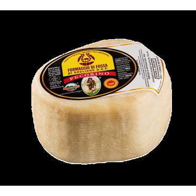 Pecorino of Fossa cheese DOP